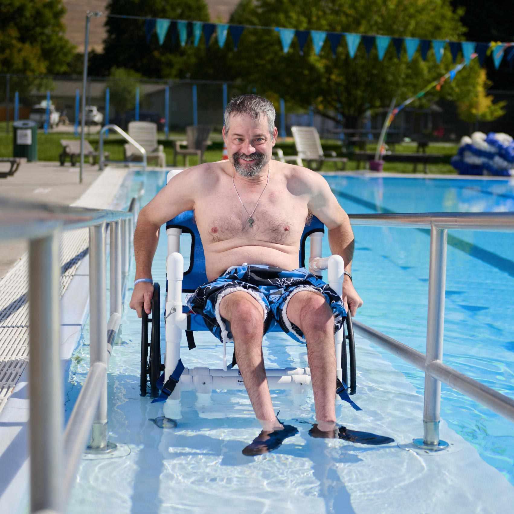 Aqua creek heavy duty pool chair with mesh seat