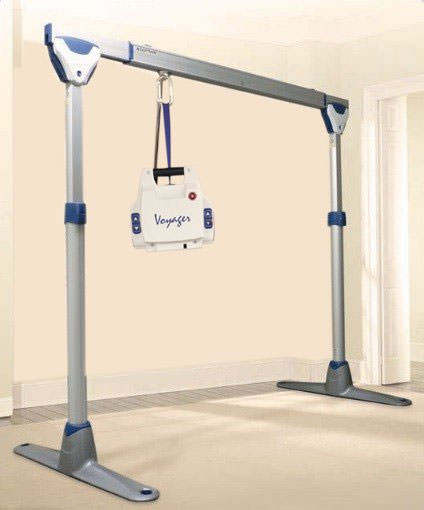Arjo Voyager lift with easytrack free standing kit