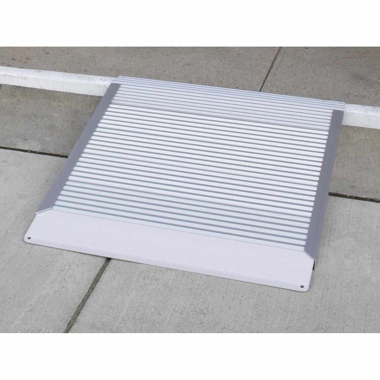 Aluminum Threshold Ramp