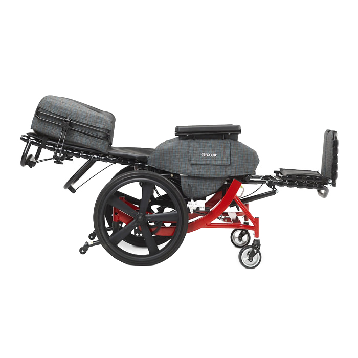 Broda Synthesis V4 transport chair, Lay flat feature
