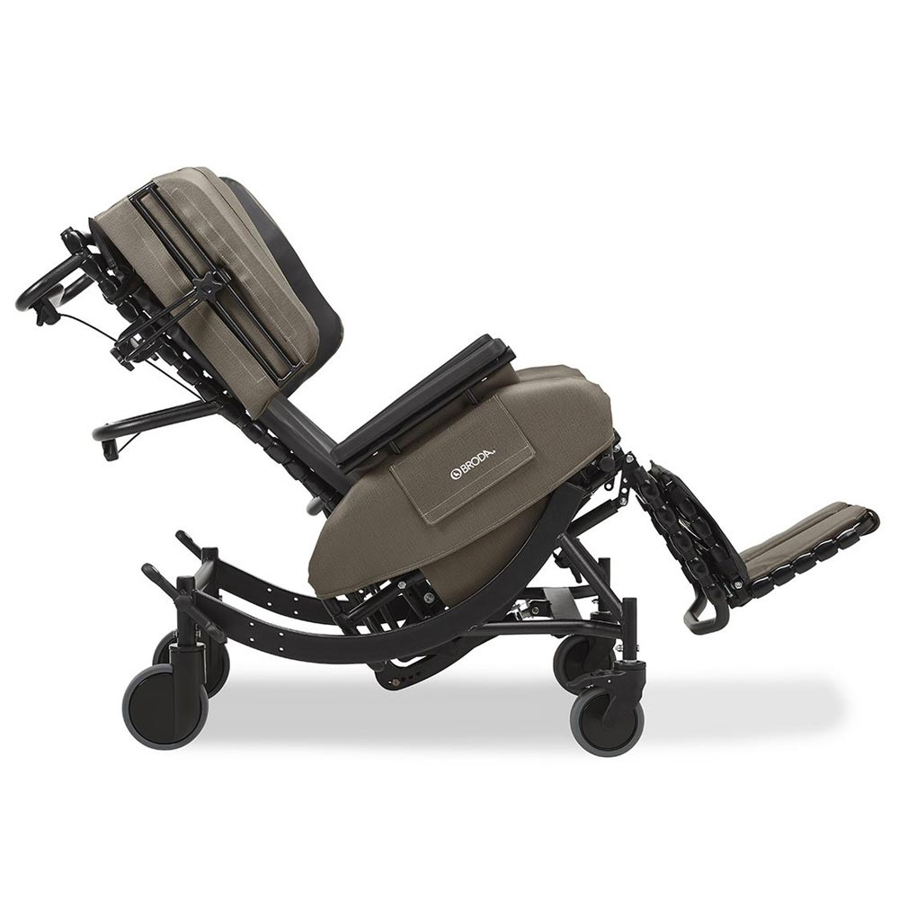 Broda Synthesis V4 Tilt Recliner, Lay Flat Feature