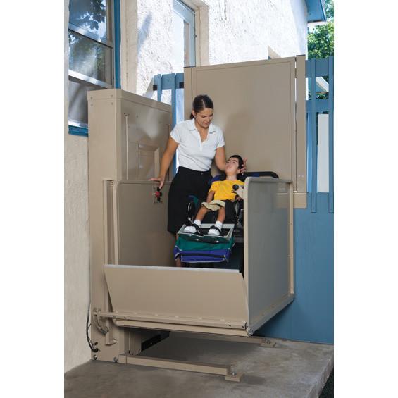 Bruno VPL-3100 vertical platform lift