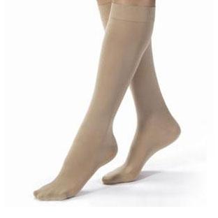 Jobst women's opaque knee-high 30-40mmHg extra firm stocking, closed toe, medium, silky beige