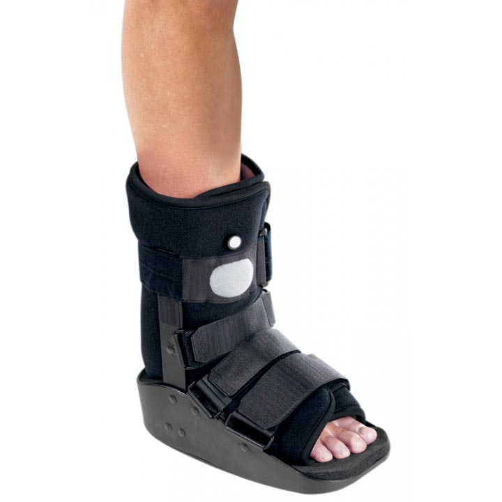DJO MaxTrax Left or Right Foot Walker Boot, Large