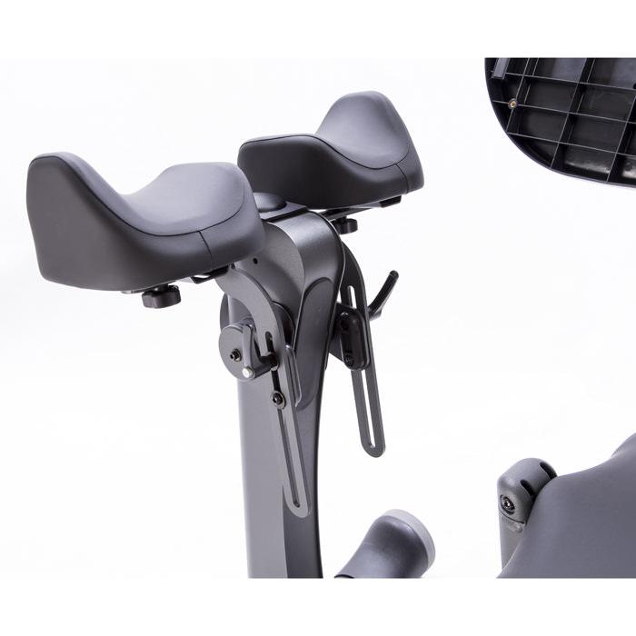 Easystand independent knee pads for evolv