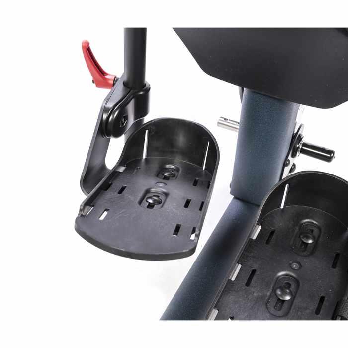 Multi-adjustable foot plates for bantam medium