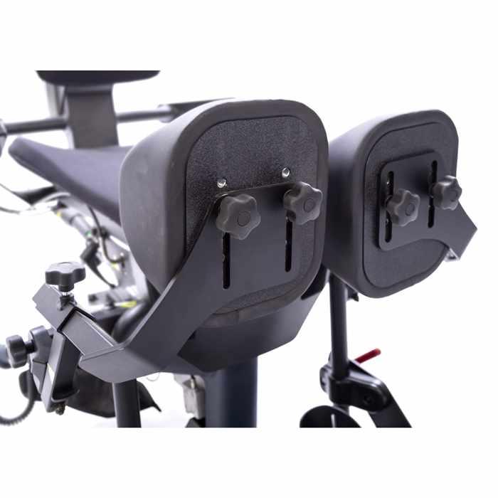 Swing-away knee pads for bantam medium - Mounting bracket