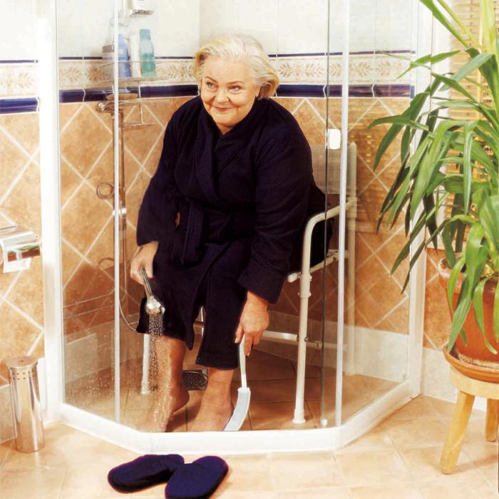 Rufus Plus shower chair