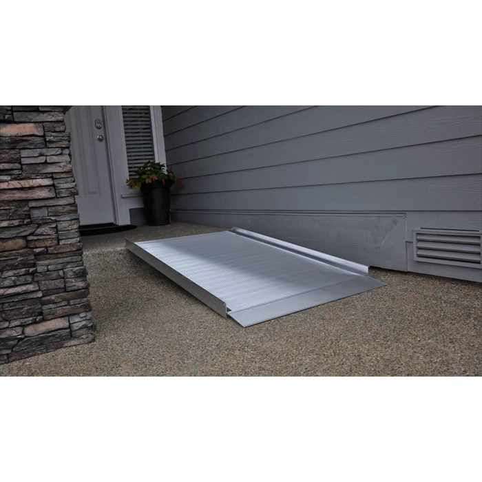 EZ Access gateway 3G solid surface portable ramp