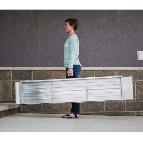 Signature series suitcase singlefold ramp