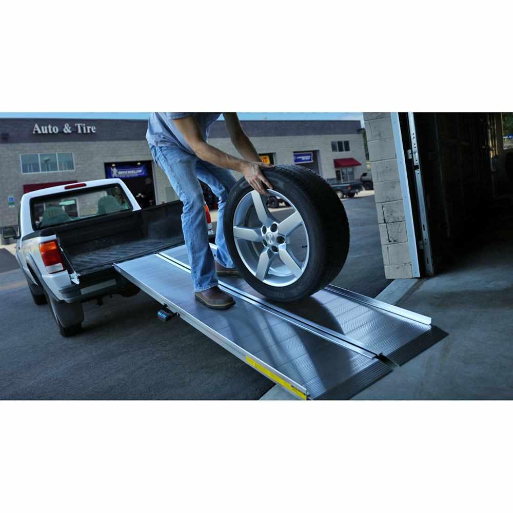 EZ Access Traverse Aluminum Singlefold Ramp