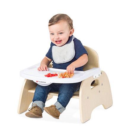 Easy serve feeding chair