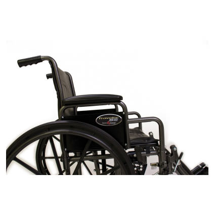 Everest & Jennings Traveler SE wheelchair - Side view
