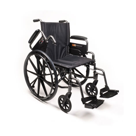 Everest & Jennings Traveler L4 wheelchair - Flip back arms