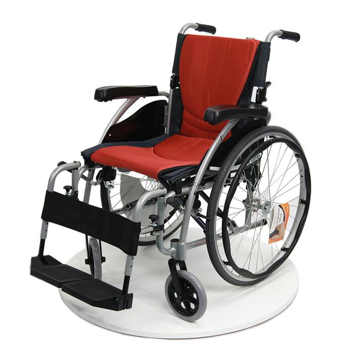 S-ERGO 125 lightweight wheelchair