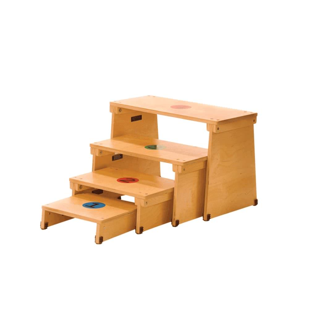 Kaye nesting therapy bench