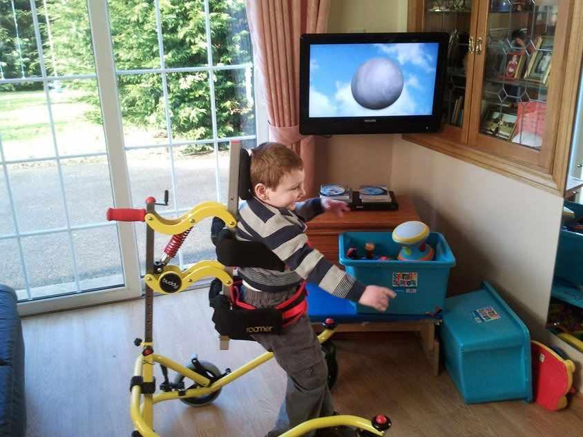 Buddy roamer posterior walker, size 4 for special needs kids