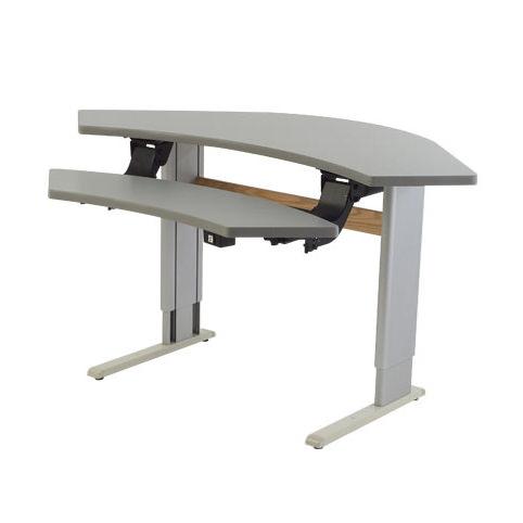 Infinity adjustable corner workstation