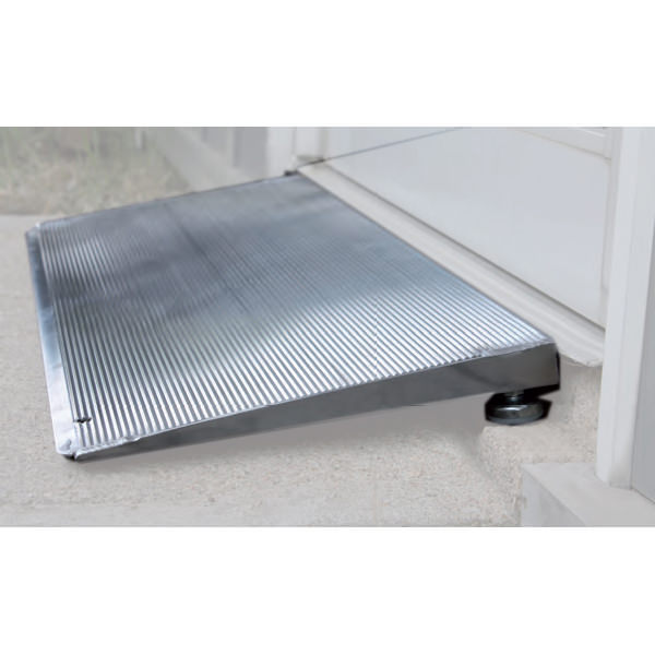 PVI Elev8 threshold ramp