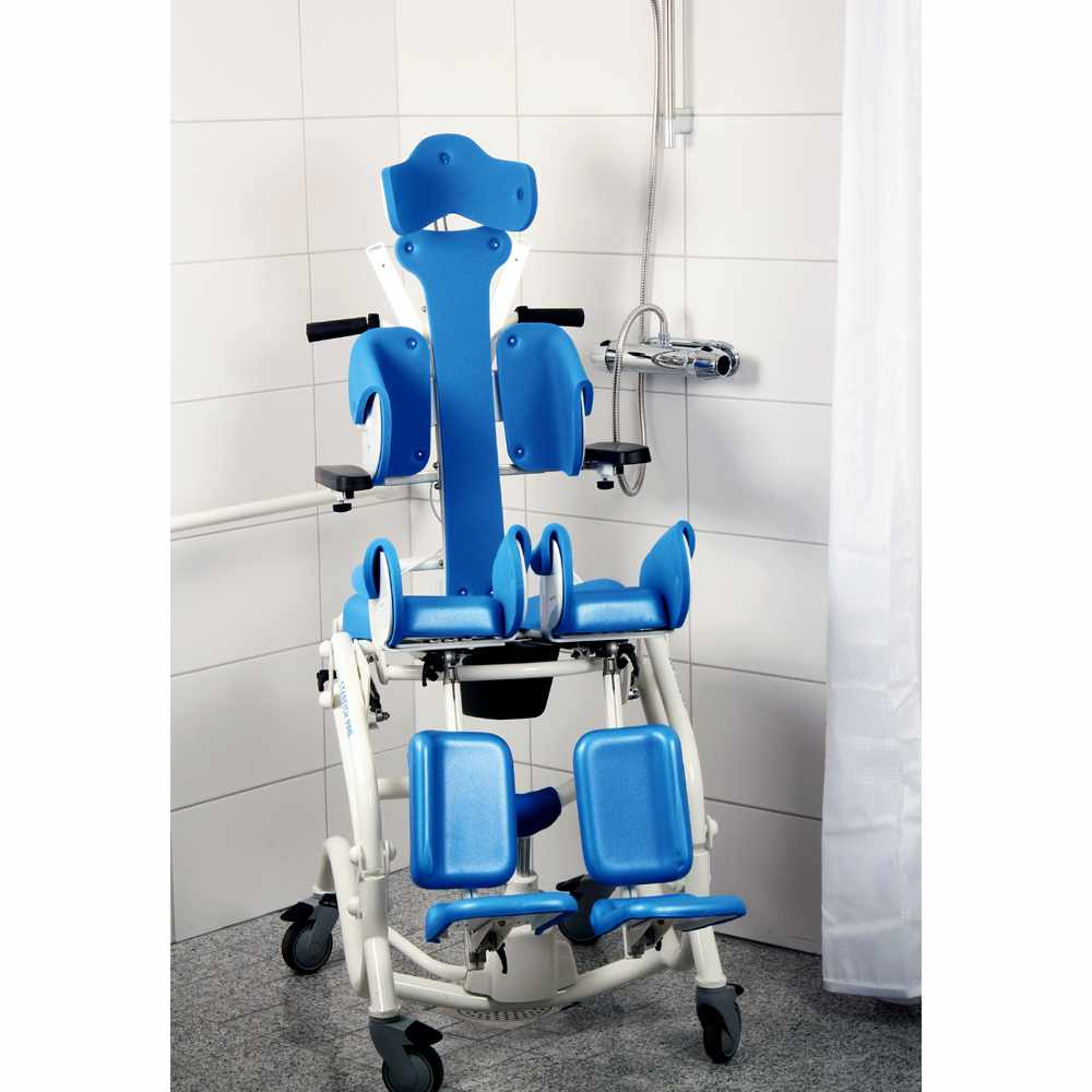 Starfish Pro manual shower commode chair