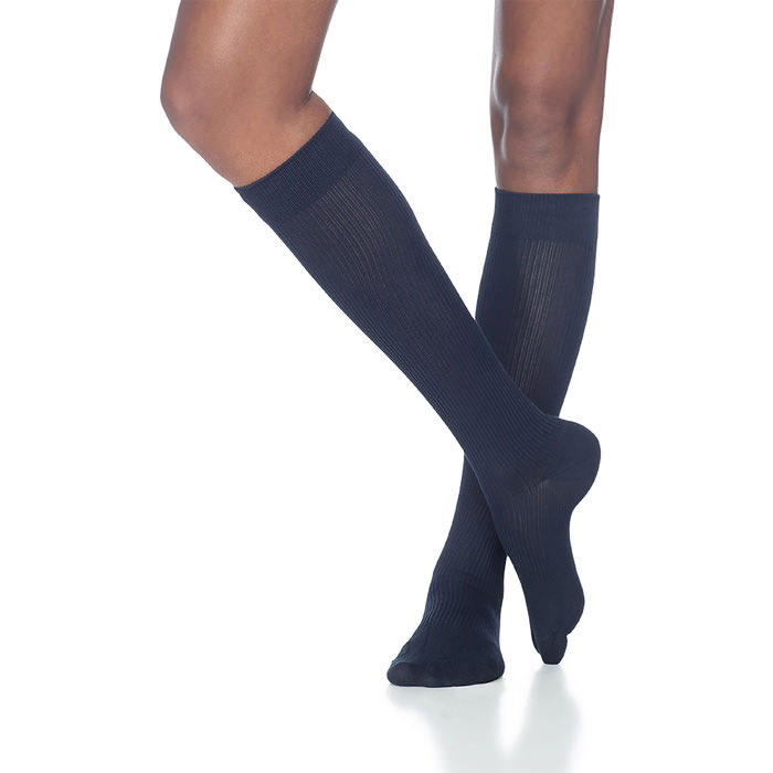 Sigvaris Casual Cotton Women's Knee-High Compression Socks, 15-20 mmHg, Size B