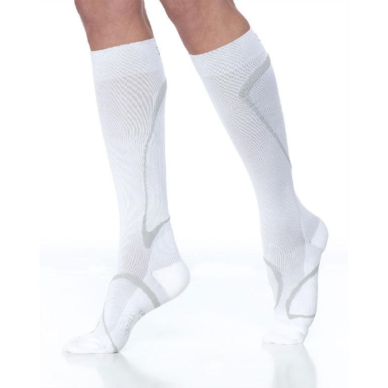 Sigvaris Traverse Calf High Socks, 20-30 mmHg, Large-Medium, White