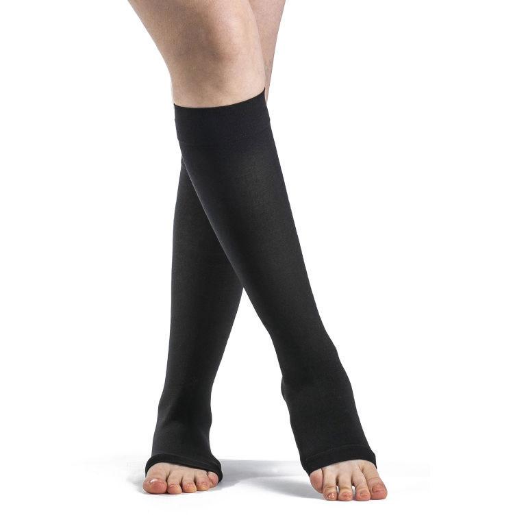 Sigvaris Select Comfort Calf-High Compression Socks, Medium Long, Black, 30-40 mmHg
