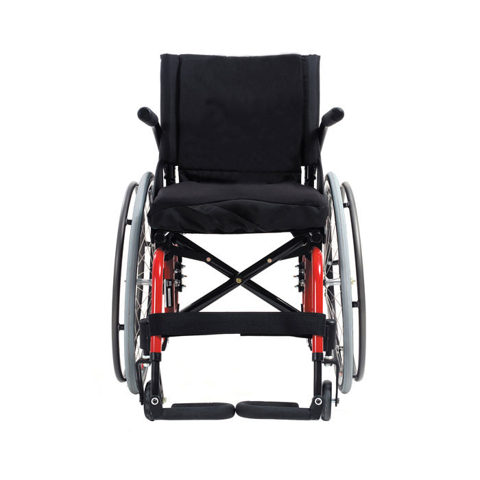Quickie 2HP folding wheelchair front view