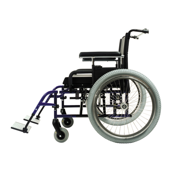 Quickie M6 heavy-duty wheelchair side view