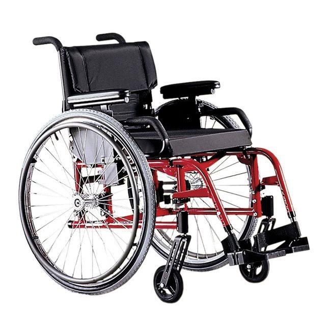 Quickie GP swing-away ultralight manual wheelchair