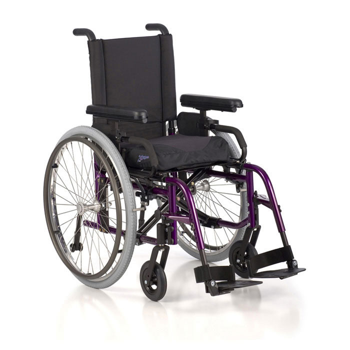 LXI folding ultralight wheelchair