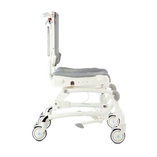 R82 Heron bath chair