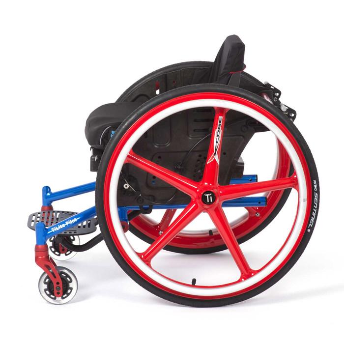 Pilot pediatric ultralight wheelchair