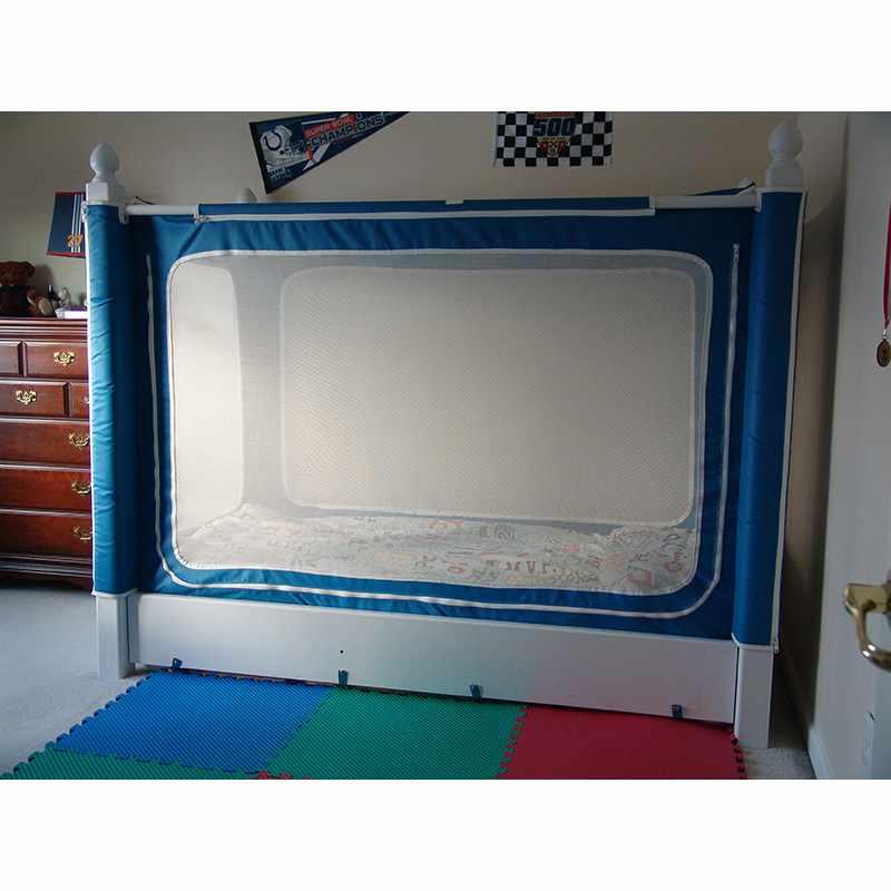 Noah's enclosed bed